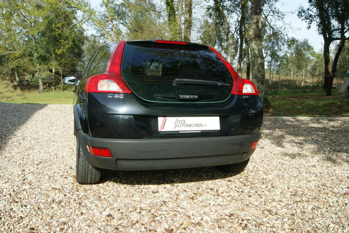 Carro_Usado_Volvo_C30_2006_1560_Diesel_18.25.jpg