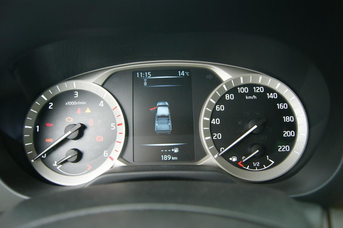 Carro_Semi-novo_Nissan_Navara_2020_2298_Diesel.jpg