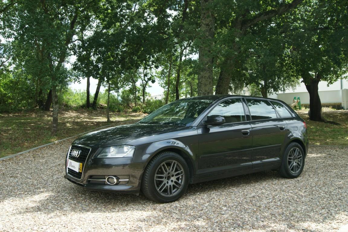 Carro_Usado_Audi_A3_Sportback_2011_1598_Diesel.jpg