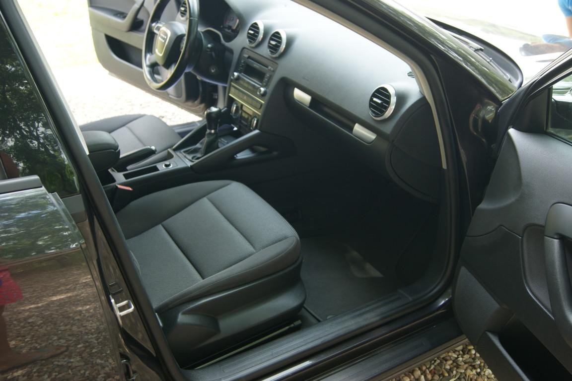 Carro_Usado_Audi_A3_Sportback_2011_1598_Diesel_15.jpg