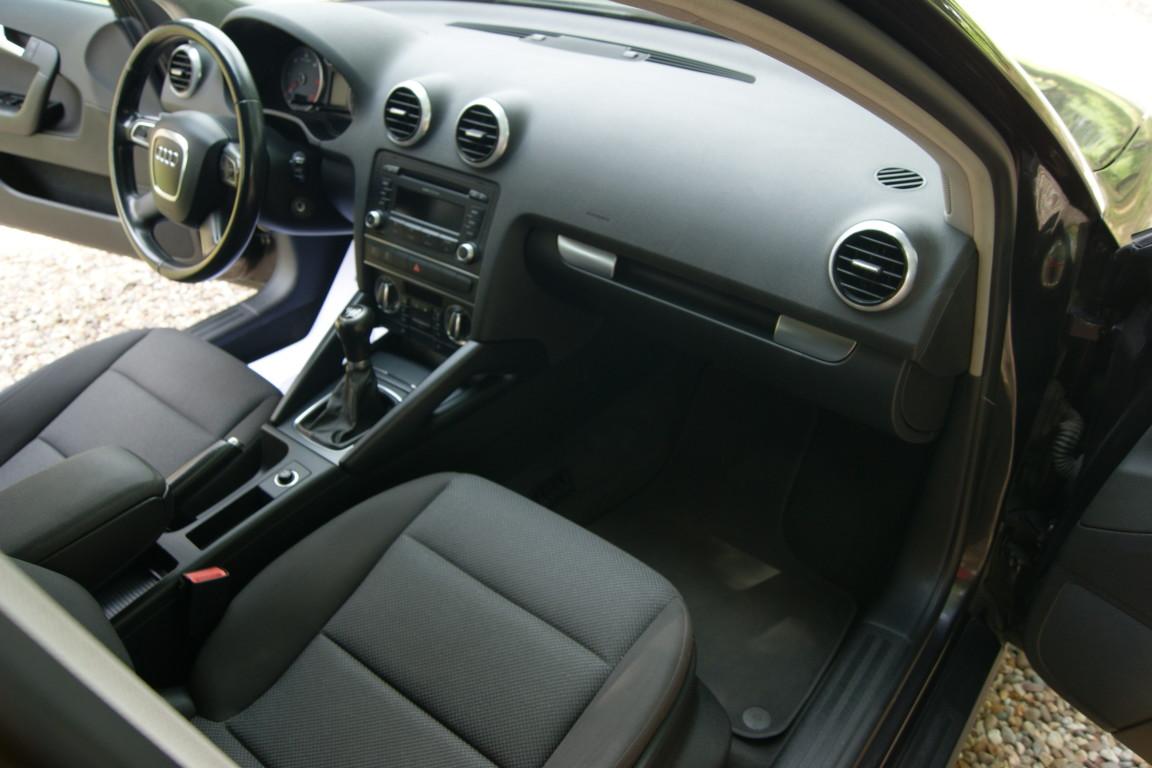 Carro_Usado_Audi_A3_Sportback_2011_1598_Diesel_16.jpg