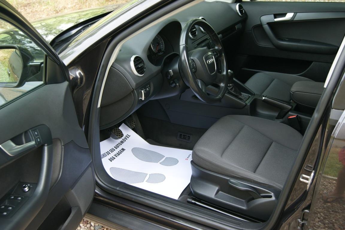 Carro_Usado_Audi_A3_Sportback_2011_1598_Diesel_8.jpg