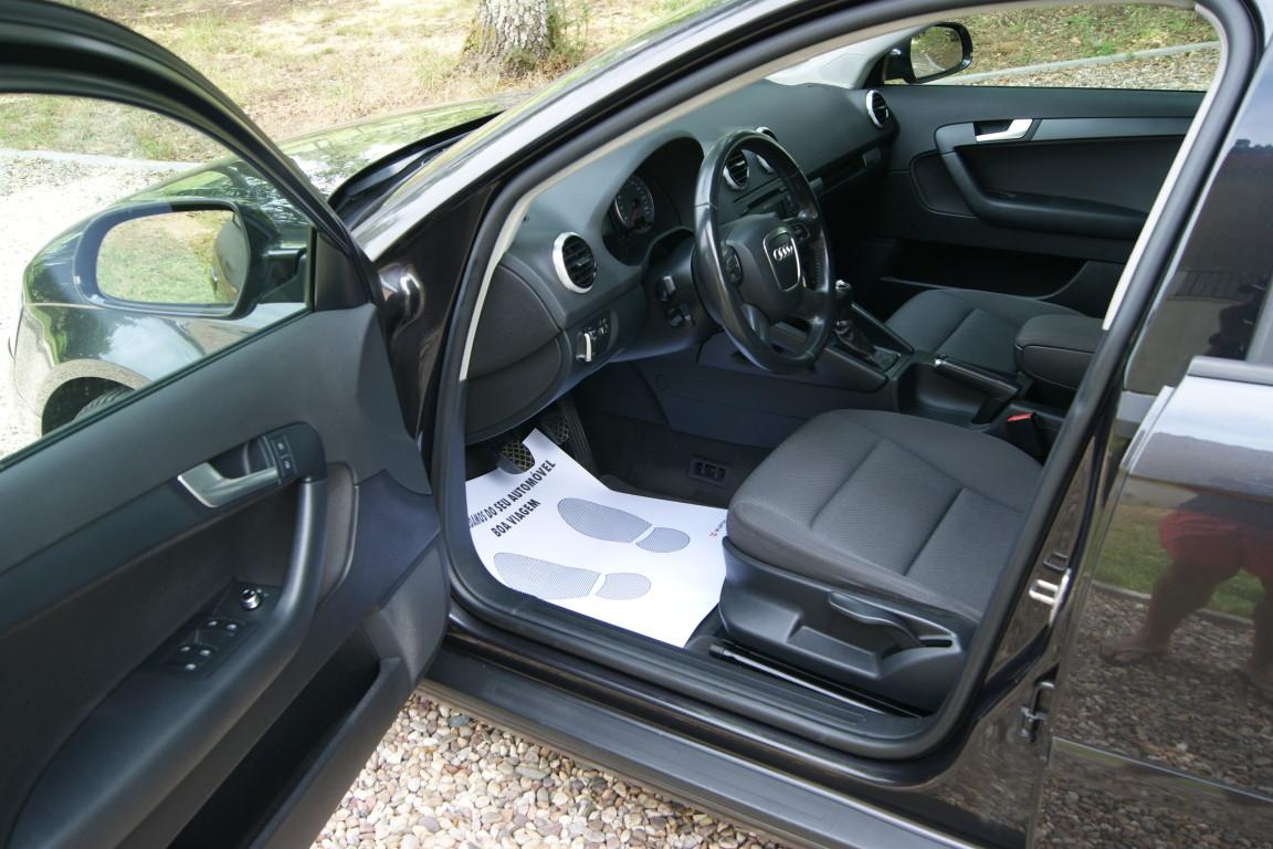 Carro_Usado_Audi_A3_Sportback_2011_1598_Diesel_9.jpg