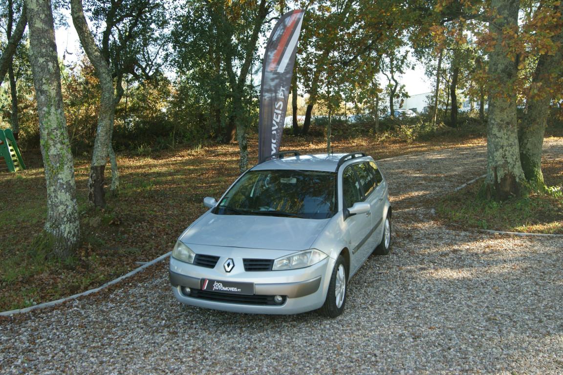 Carro_Usado_Renault_Megane_Break_2004_1461_Diesel.jpg