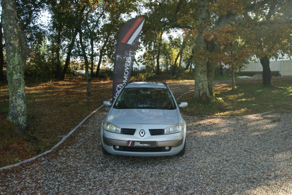 Carro_Usado_Renault_Megane_Break_2004_1461_Diesel_2.jpg