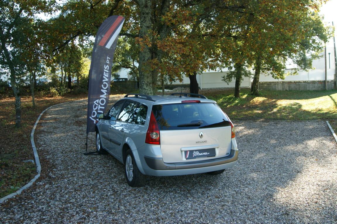 Carro_Usado_Renault_Megane_Break_2004_1461_Diesel_6.jpg