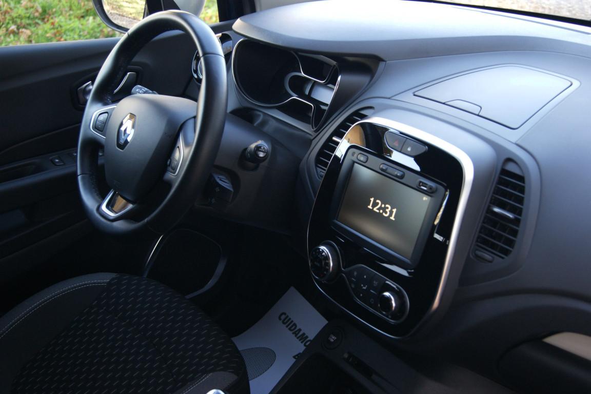 Carro_Usado_Renault_Captur_2019_898_Gasolina_11.jpg