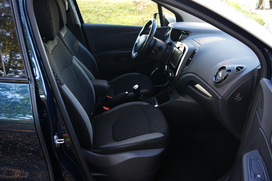 Carro_Usado_Renault_Captur_2019_898_Gasolina_12.jpg