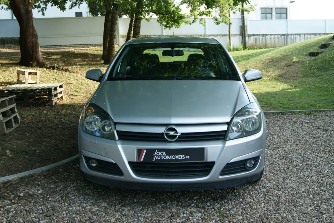 Carro_Usado_Opel_Astra_2005_1248_Diesel_2.jpg