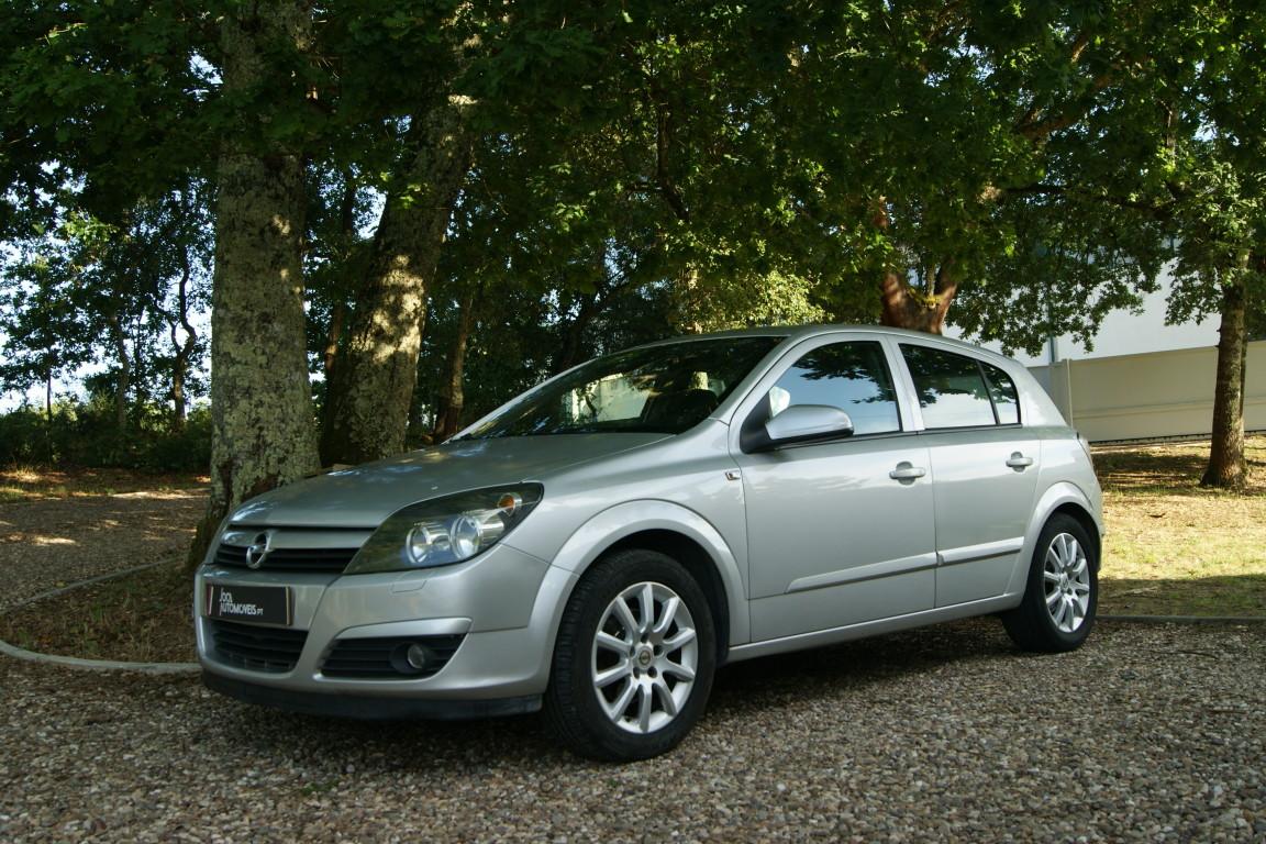 Carro_Usado_Opel_Astra_2005_1248_Diesel_6.jpg