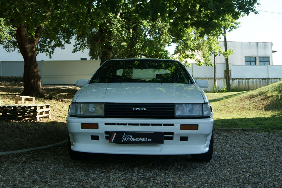 Carro_Usado_Toyota_Corolla_1985_1587_Gasolina.jpg