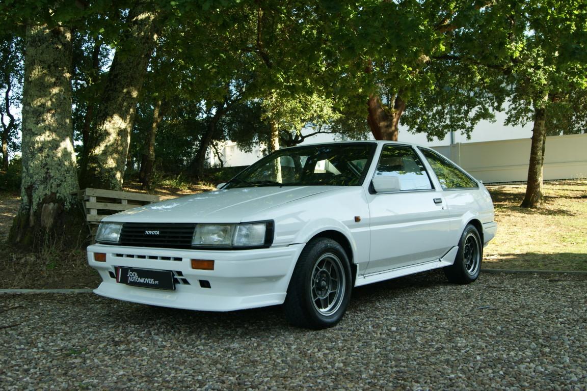 Carro_Usado_Toyota_Corolla_1985_1587_Gasolina_4.jpg