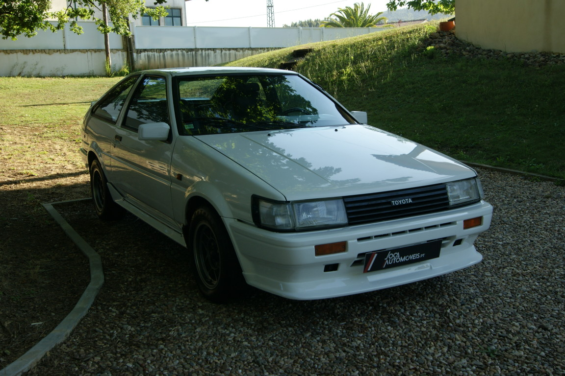 Carro_Usado_Toyota_Corolla_1985_1587_Gasolina_5.jpg