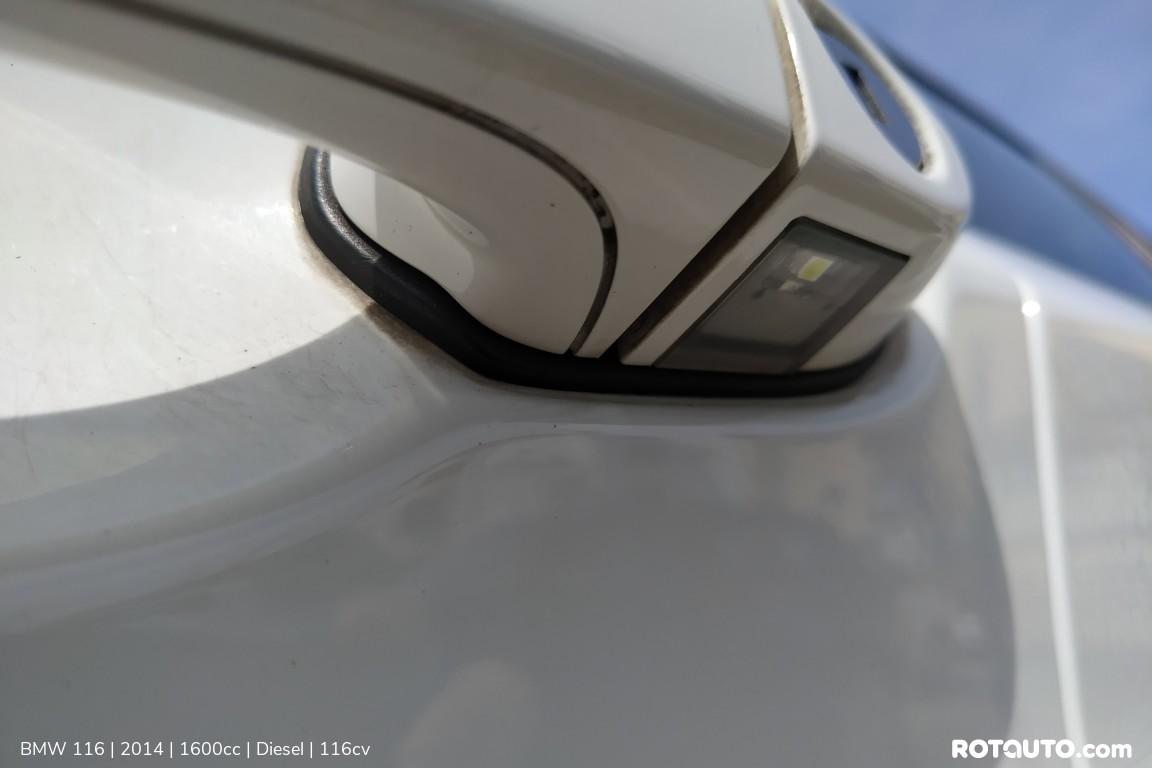 Carro_Usado_BMW_116_2014_1600_Diesel_35.25_high.jpg