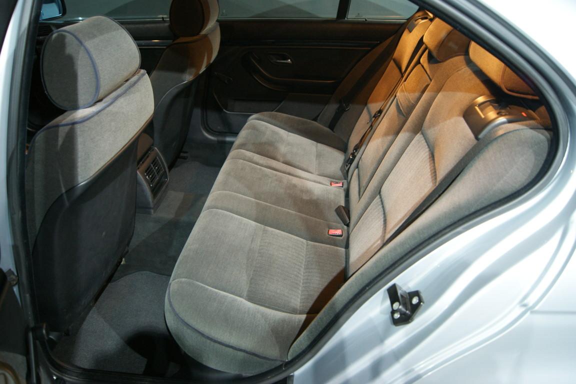 Carro_Usado_BMW_523_1996_2494_Gasolina_12.jpg