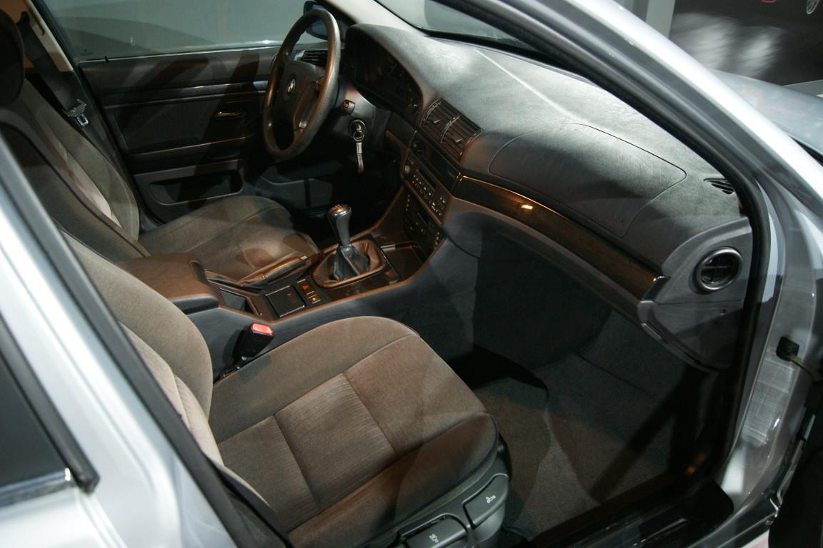Carro_Usado_BMW_523_1996_2494_Gasolina_13.jpg