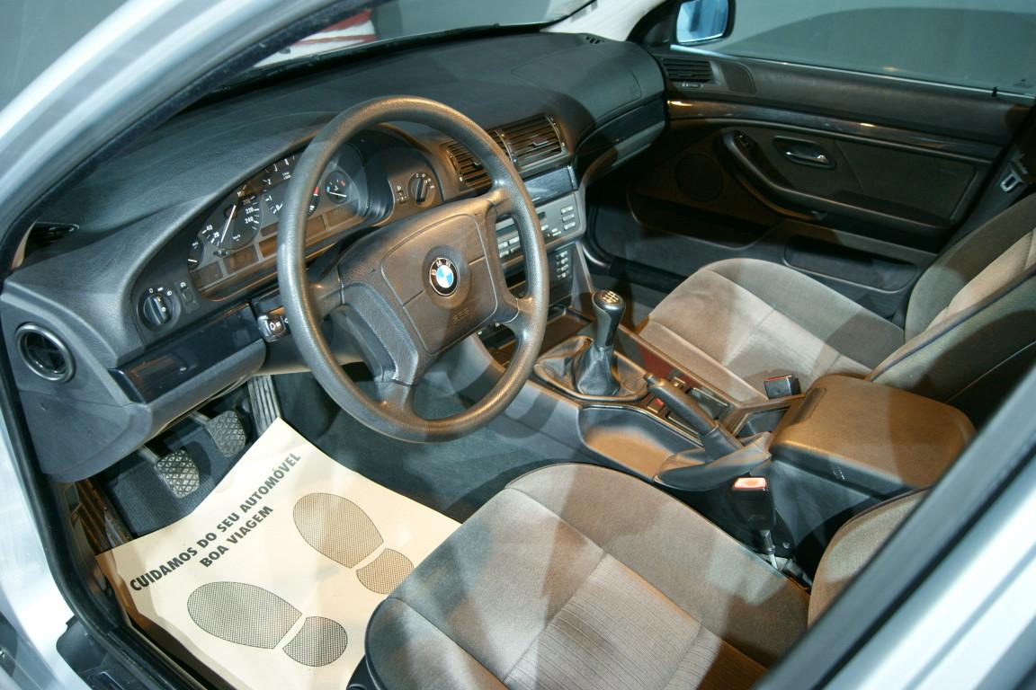 Carro_Usado_BMW_523_1996_2494_Gasolina_9.jpg