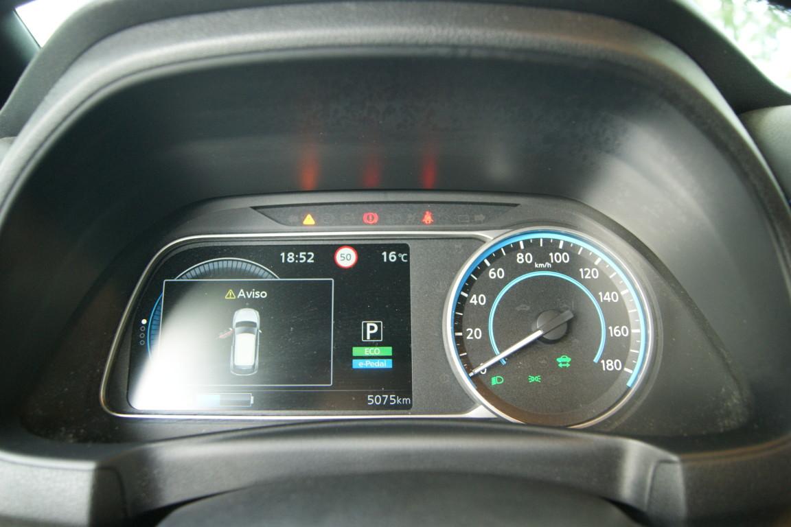 Carro_Semi-novo_Nissan_Leaf_2020_0_Electrico_12.jpg