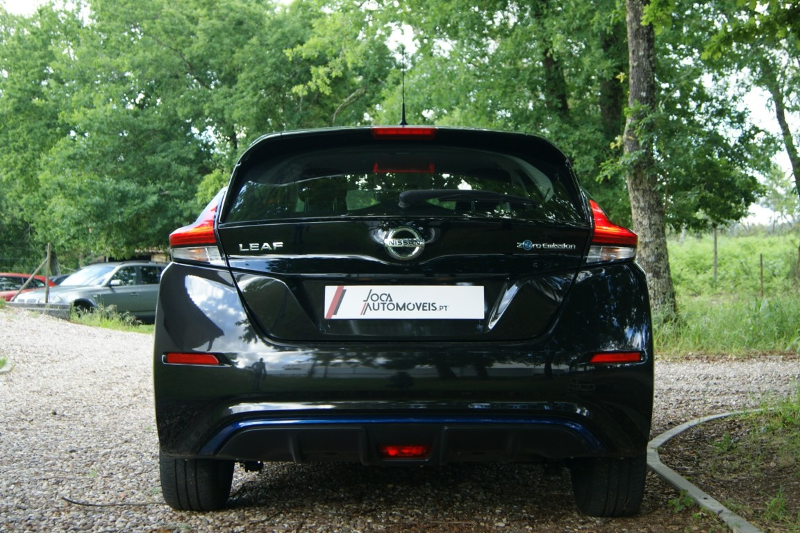 Carro_Semi-novo_Nissan_Leaf_2020_0_Electrico_4.jpg