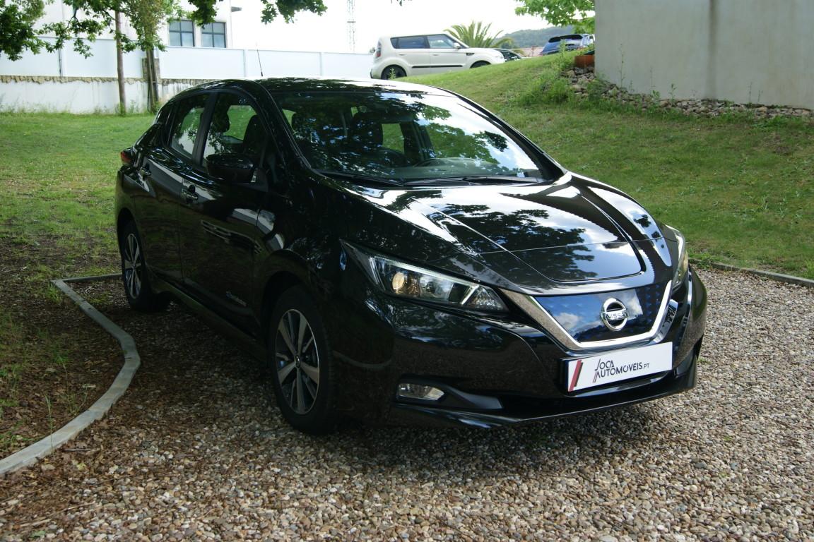 Carro_Semi-novo_Nissan_Leaf_2020_0_Electrico_7.jpg