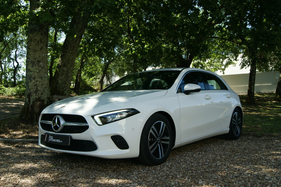 Carro_Semi-novo_Mercedes-Benz_A_160_2021_1332_Gasolina_5.jpg