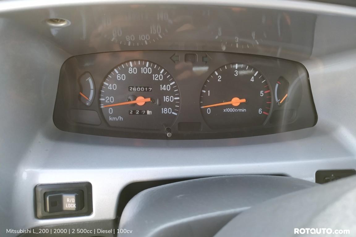 Carro_Usado_Mitsubishi_L_200_2000_2500_Diesel_18_high.jpg