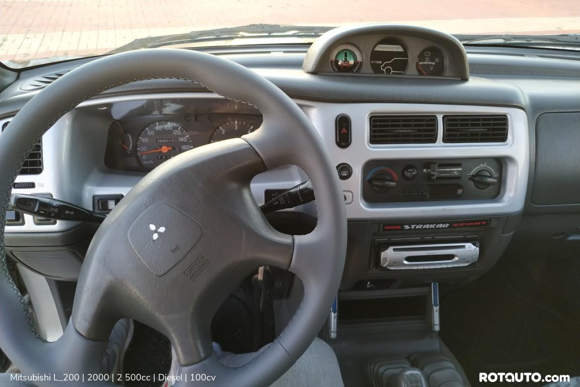 Carro_Usado_Mitsubishi_L_200_2000_2500_Diesel_21_high.jpg