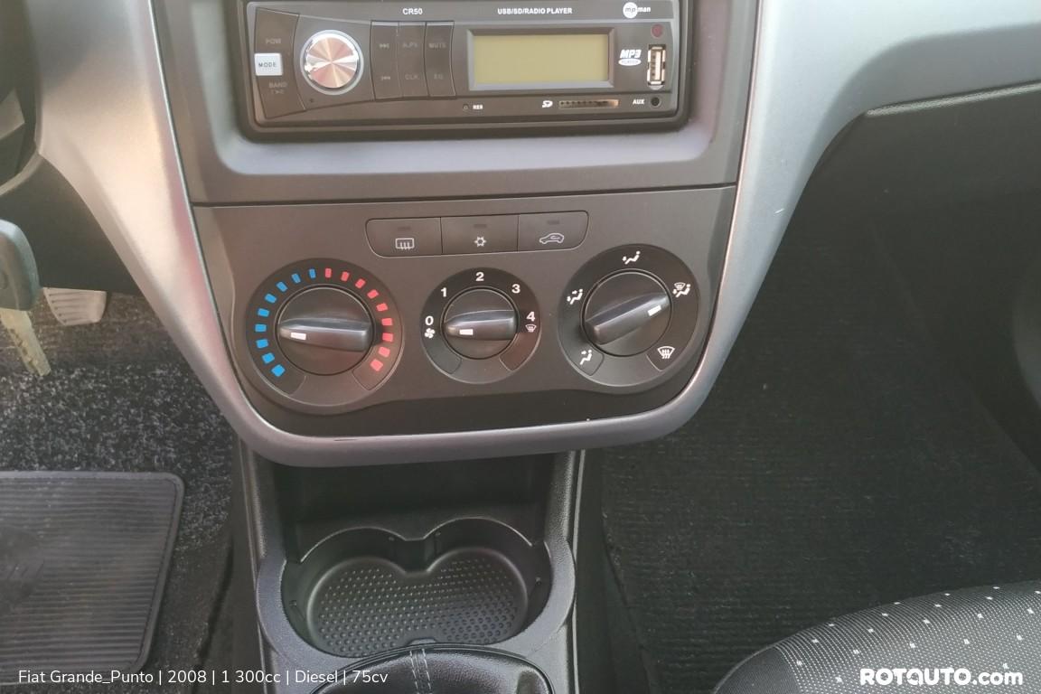 Carro_Usado_Fiat_Grande_Punto_2008_1300_Diesel_13_high.jpg