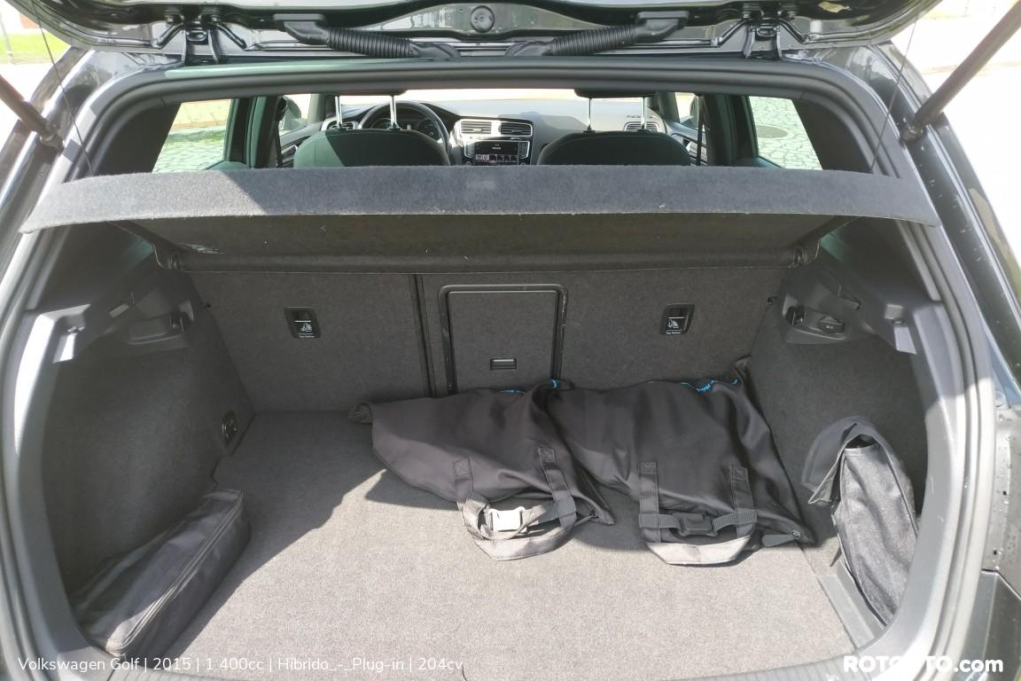 Carro_Usado_Volkswagen_Golf_2015_1400_Hibrido_-_Plug-in_12_high.jpg