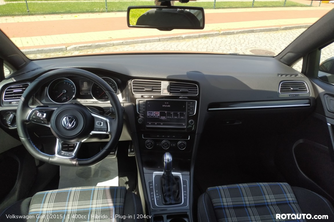 Carro_Usado_Volkswagen_Golf_2015_1400_Hibrido_-_Plug-in_14_high.jpg
