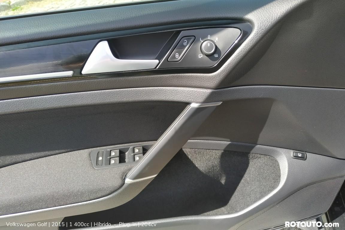 Carro_Usado_Volkswagen_Golf_2015_1400_Hibrido_-_Plug-in_15_high.jpg