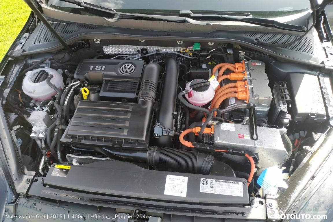 Carro_Usado_Volkswagen_Golf_2015_1400_Hibrido_-_Plug-in_23_high.jpg