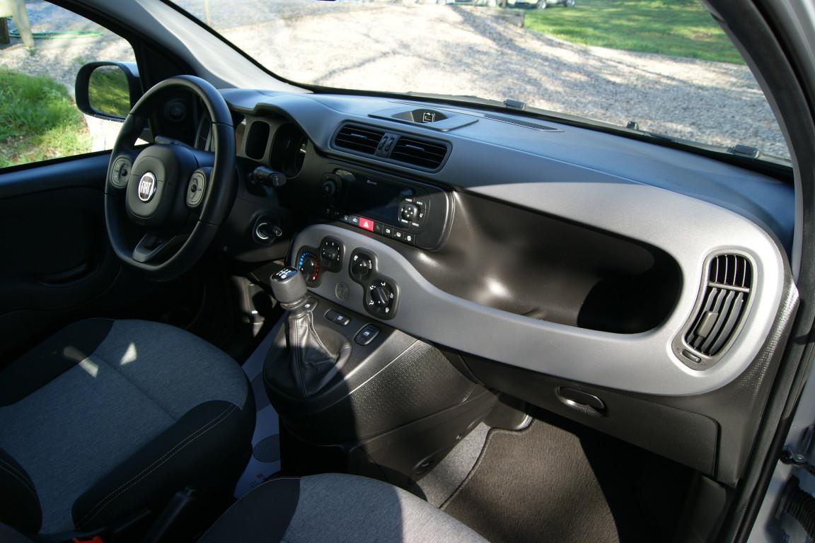 Carro_Usado_Fiat_Panda_2019_1242_Gasolina_10.jpg
