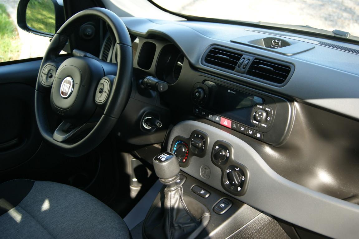 Carro_Usado_Fiat_Panda_2019_1242_Gasolina_11.jpg