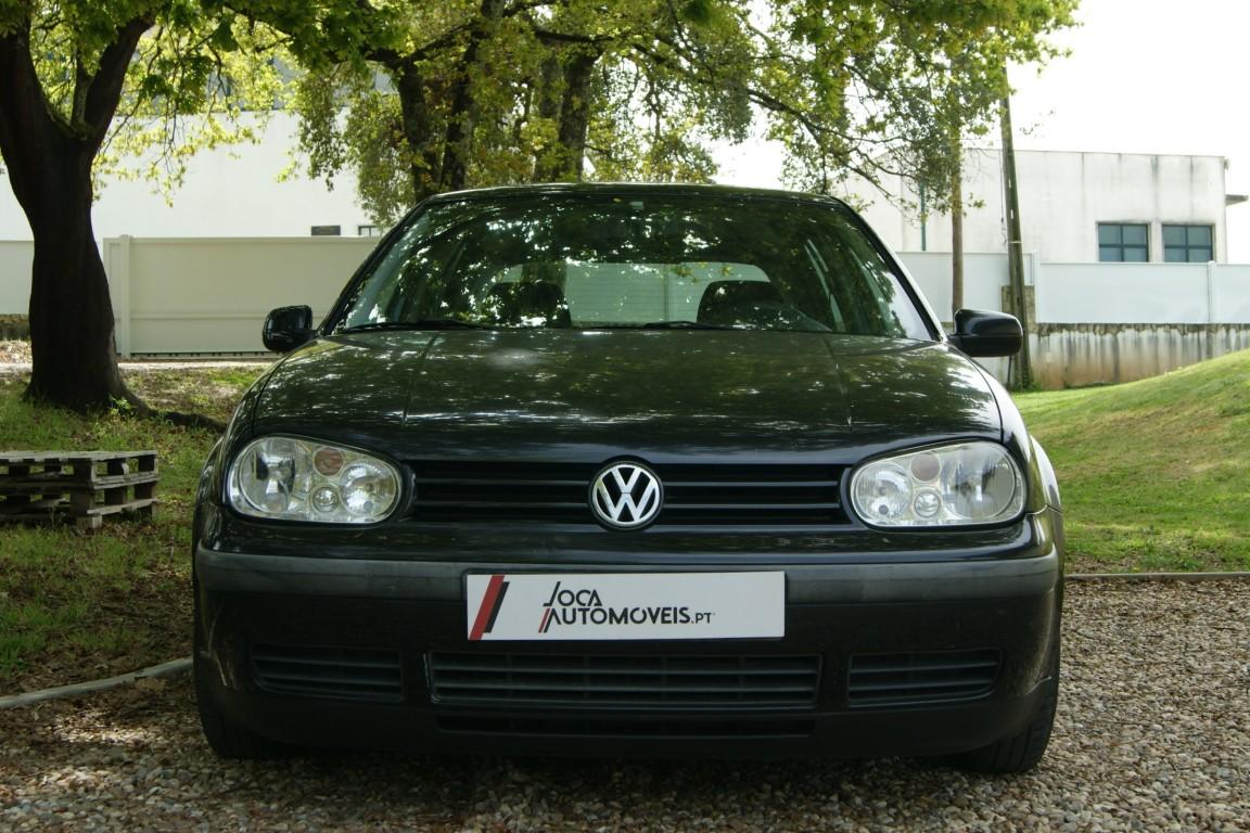 Carro_Usado_Volkswagen_Golf_1999_1390_Gasolina_2.jpg