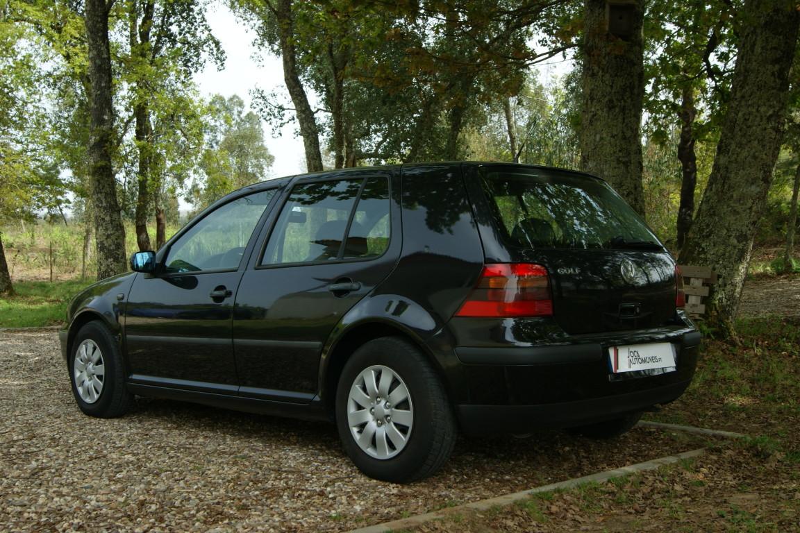 Carro_Usado_Volkswagen_Golf_1999_1390_Gasolina_9.jpg