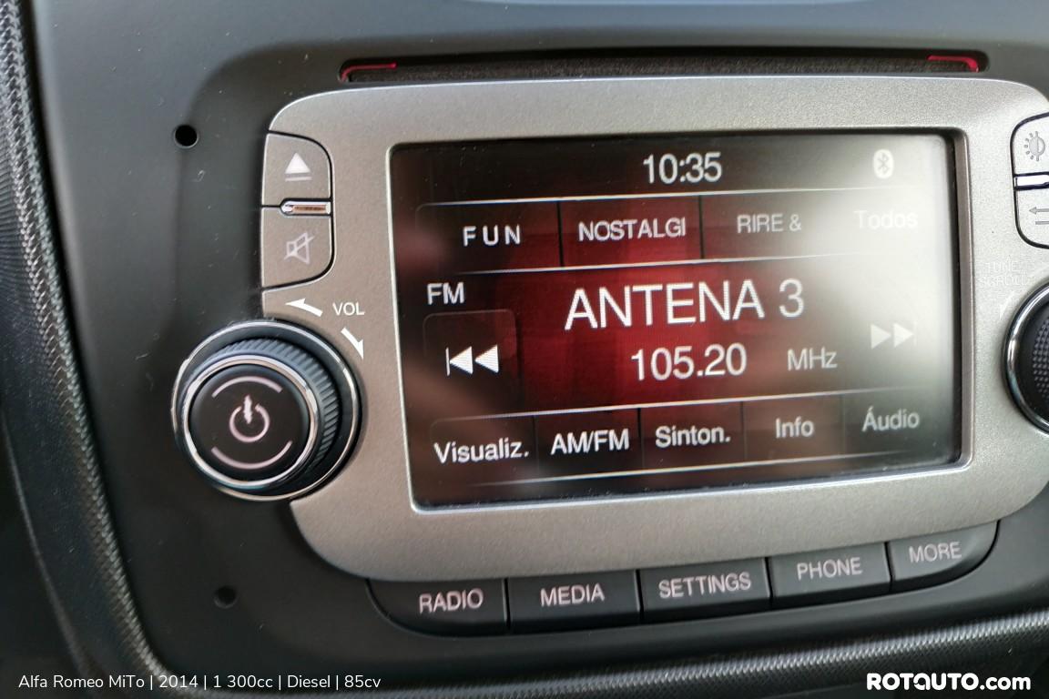 Carro_Usado_Alfa_Romeo_MiTo_2014_1300_Diesel_18_high.jpg