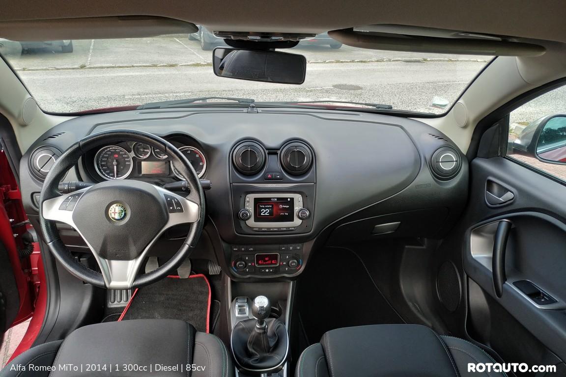 Carro_Usado_Alfa_Romeo_MiTo_2014_1300_Diesel_24_high.jpg