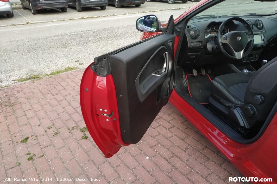 Carro_Usado_Alfa_Romeo_MiTo_2014_1300_Diesel_4_high.jpg