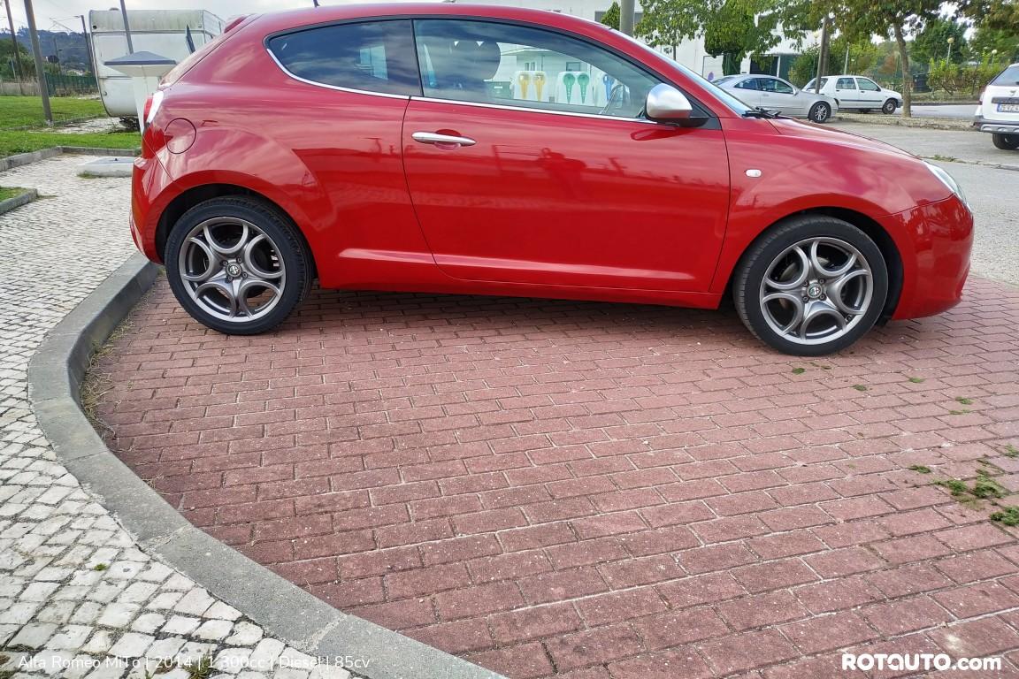 Carro_Usado_Alfa_Romeo_MiTo_2014_1300_Diesel_6_high.jpg
