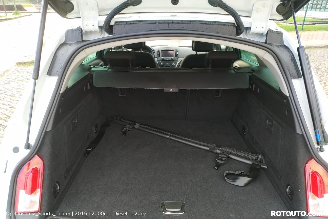 Carro_Usado_Opel_Insignia_Sports_Tourer_2015_2000_Diesel_36.25_high.jpg