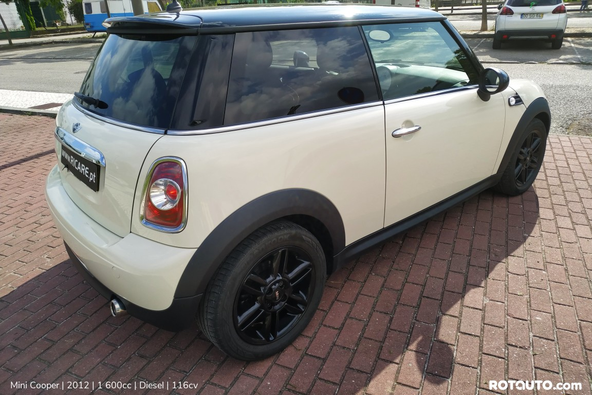 Carro_Usado_Mini_Cooper_2012_1600_Diesel_12_high.jpg