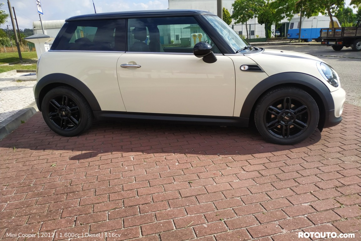 Carro_Usado_Mini_Cooper_2012_1600_Diesel_5_high.jpg