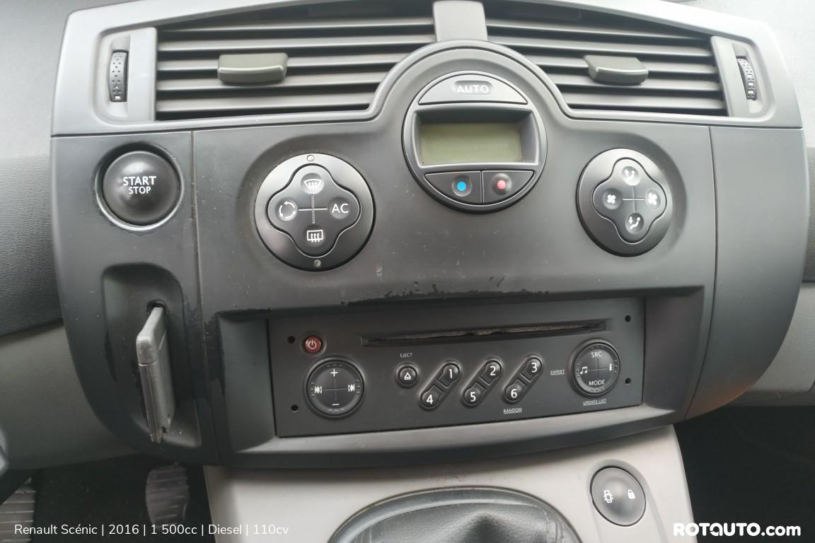 Carro_Usado_Renault_Scenic_2016_1500_Diesel_17_high.jpg