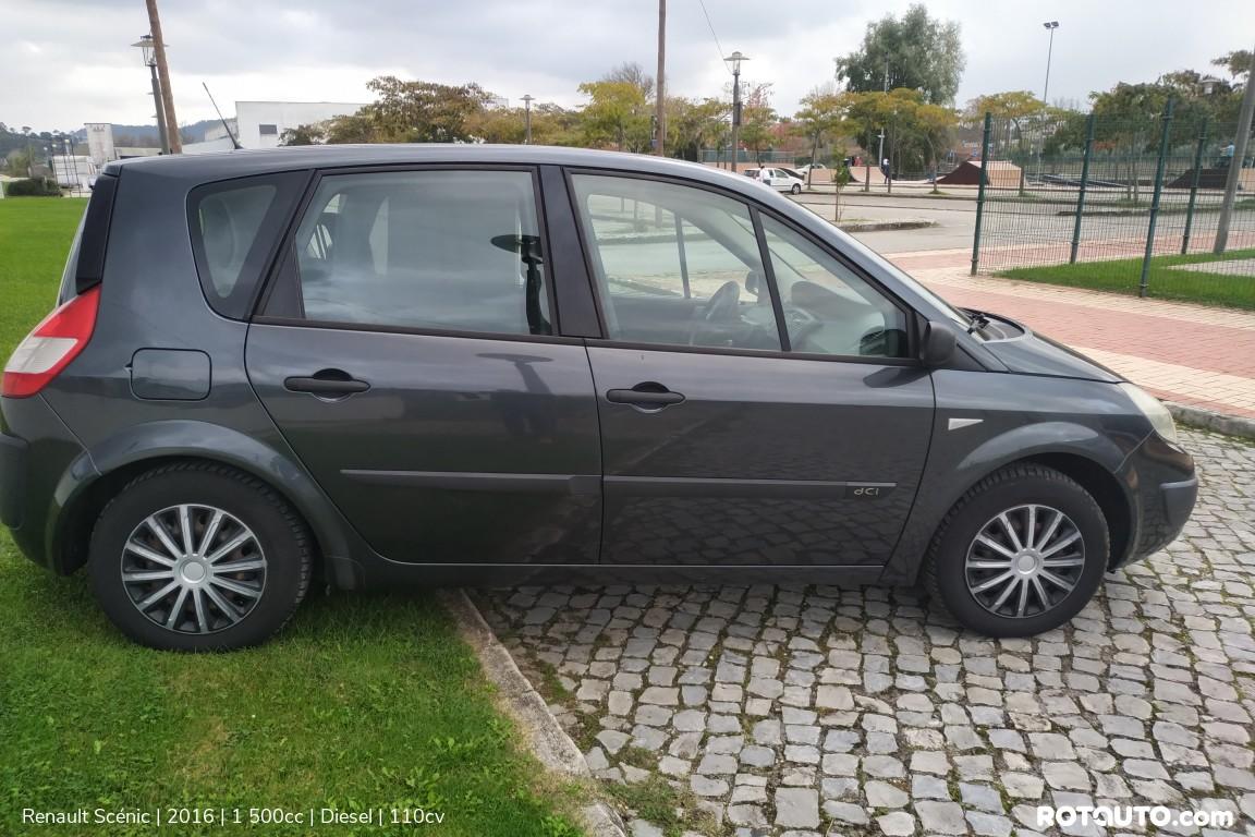 Carro_Usado_Renault_Scenic_2016_1500_Diesel_4_high.jpg