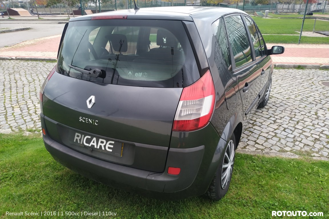 Carro_Usado_Renault_Scenic_2016_1500_Diesel_5_high.jpg