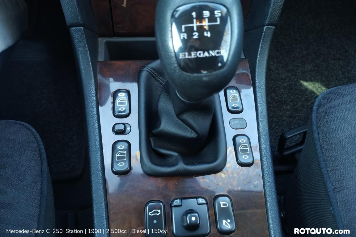 Carro_Usado_Mercedes-Benz_C_250_Station_1998_2500_Diesel_20_high.jpg