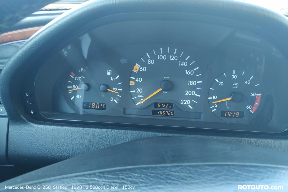 Carro_Usado_Mercedes-Benz_C_250_Station_1998_2500_Diesel_22_high.jpg