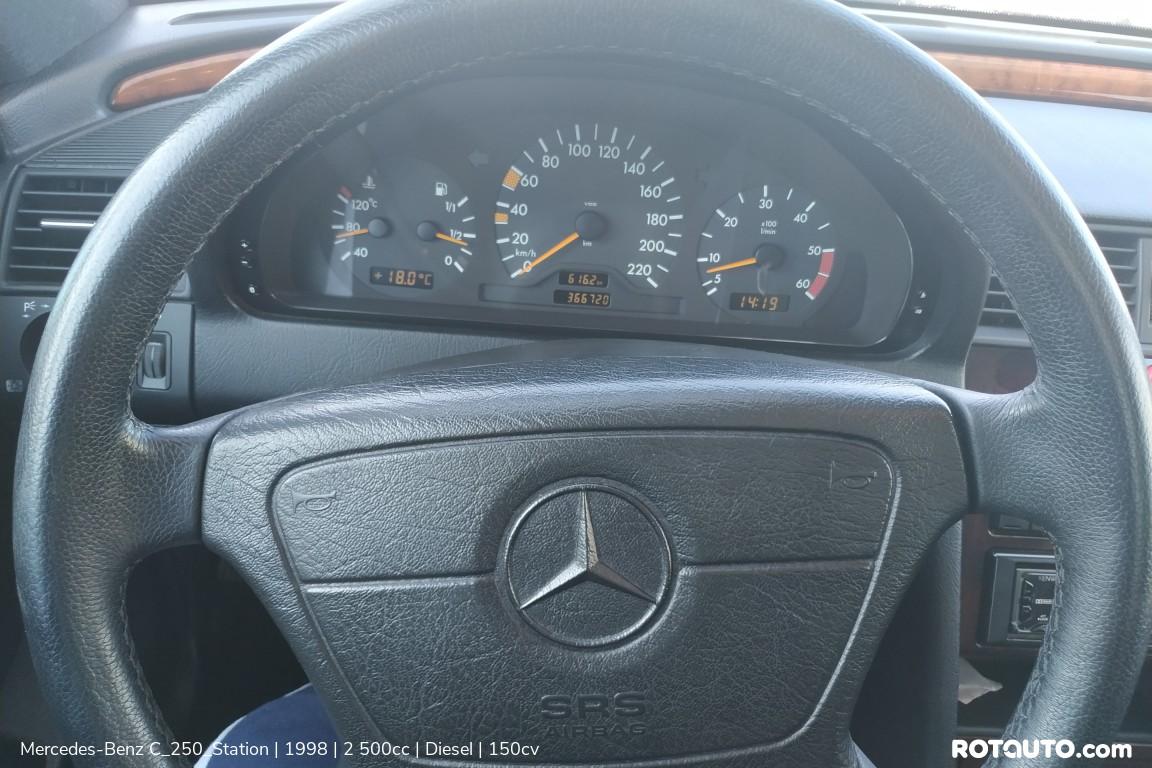 Carro_Usado_Mercedes-Benz_C_250_Station_1998_2500_Diesel_23_high.jpg