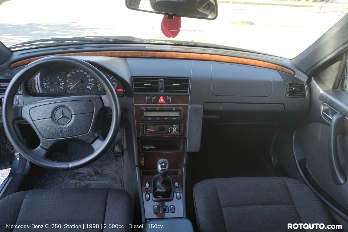 Carro_Usado_Mercedes-Benz_C_250_Station_1998_2500_Diesel_24_high.jpg